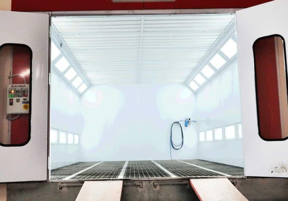 Autolakovňa - lakovacia kabína 1